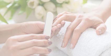 Nagel- und Handpflege